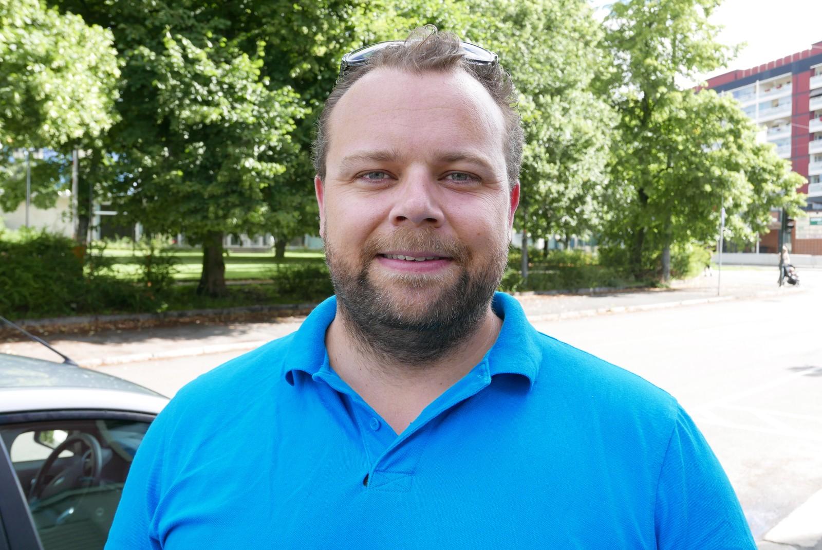 – Jeg er ikke i nærheten av å ha oversikt, innrømmer Petter Andreas Vogt. Men også han sier at han en gang i året kvitter seg med det som tar plass.