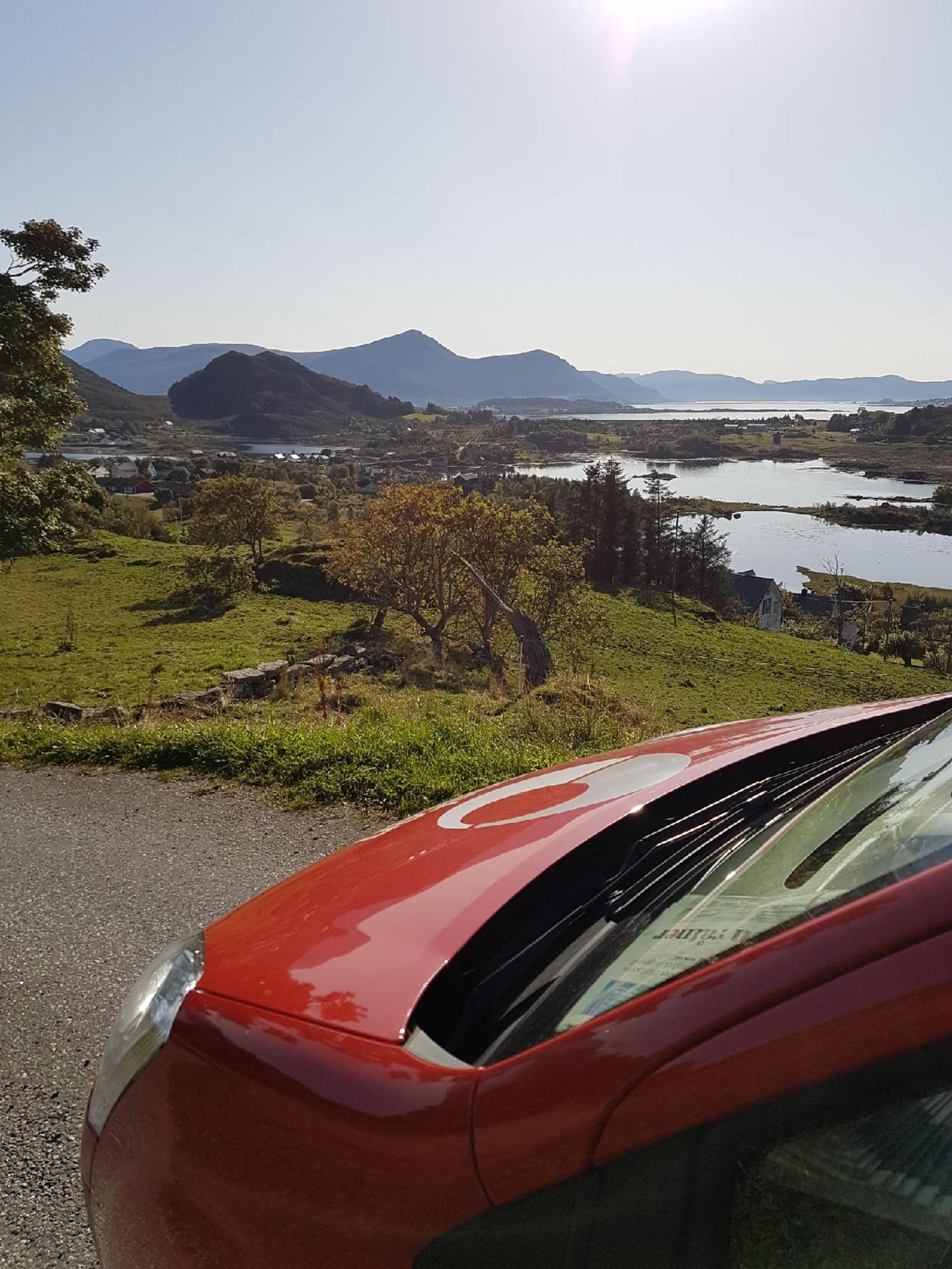 Utsikt på ruta til postdama på Sandsøya i Sande.