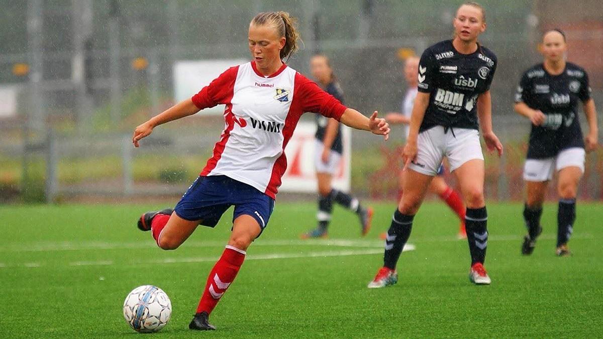 4ffb245a Norske toppspillere må bruke barnesko, ekstra strømper og såler – NRK Sport  – Sportsnyheter, resultater og sendeplan