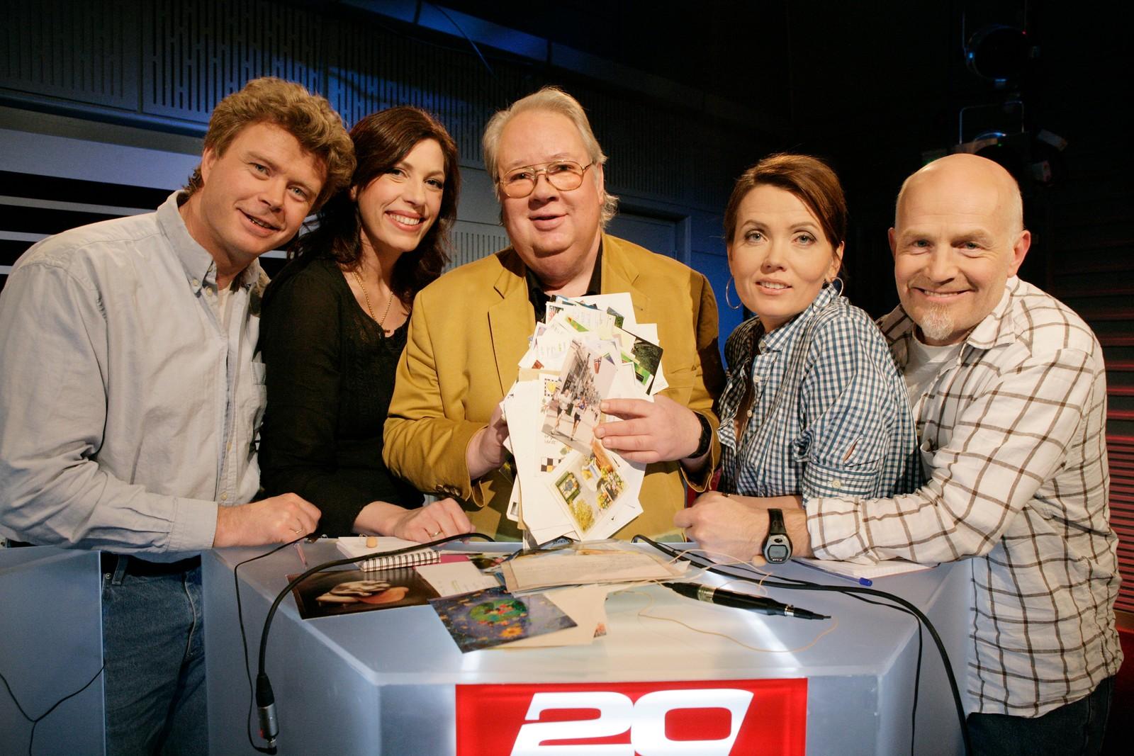 TV-programmet 20 spørsmål. Øystein Bache, Helén Vikstvedt, Knut Borge , Kari Slaatsveen og Rune Gokstad