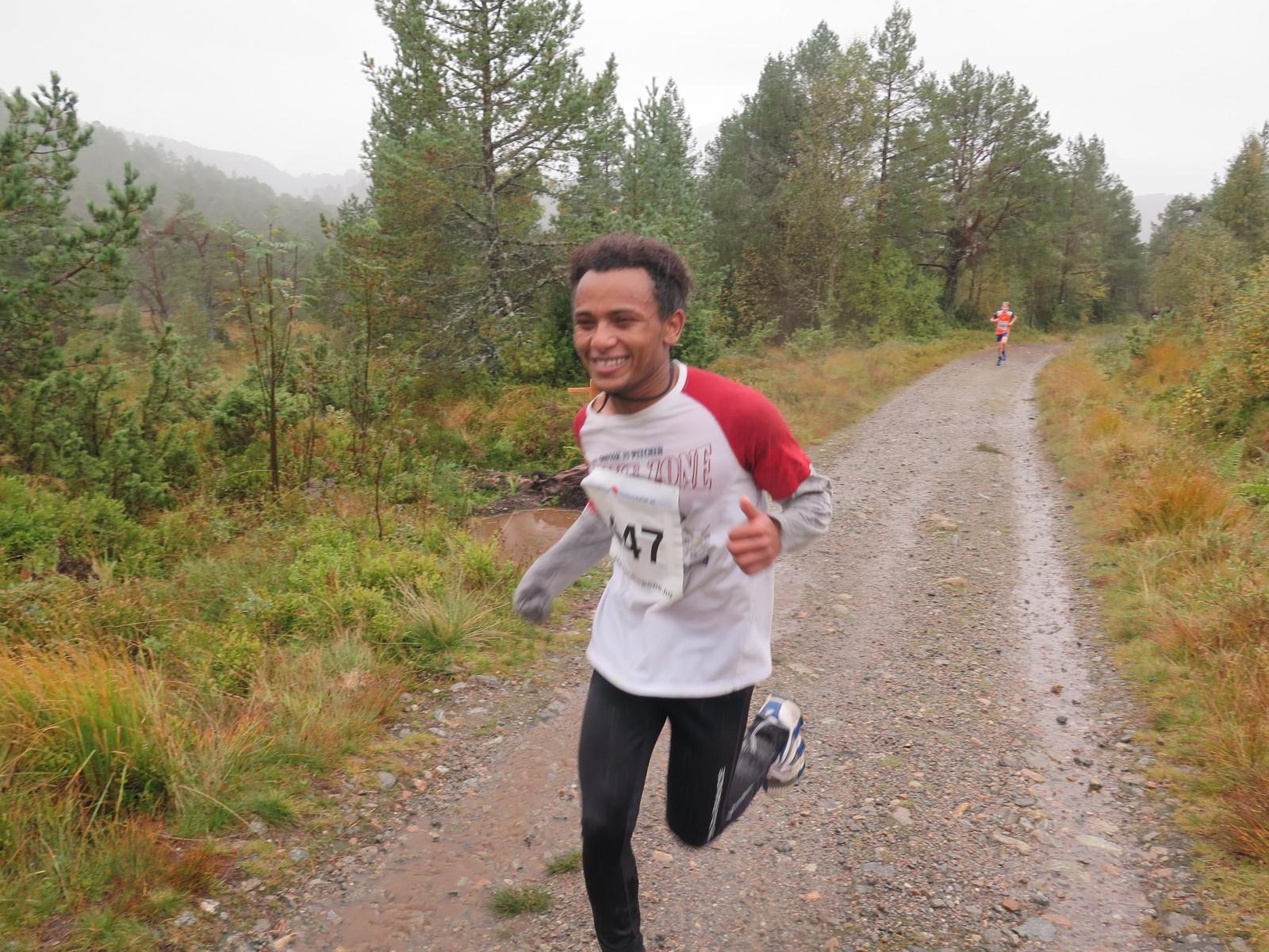 Henok Shisay vant sin klasse i sitt aller første løp