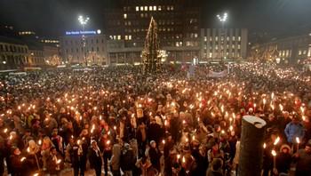 Tusenvis på fakkeltog i Oslo