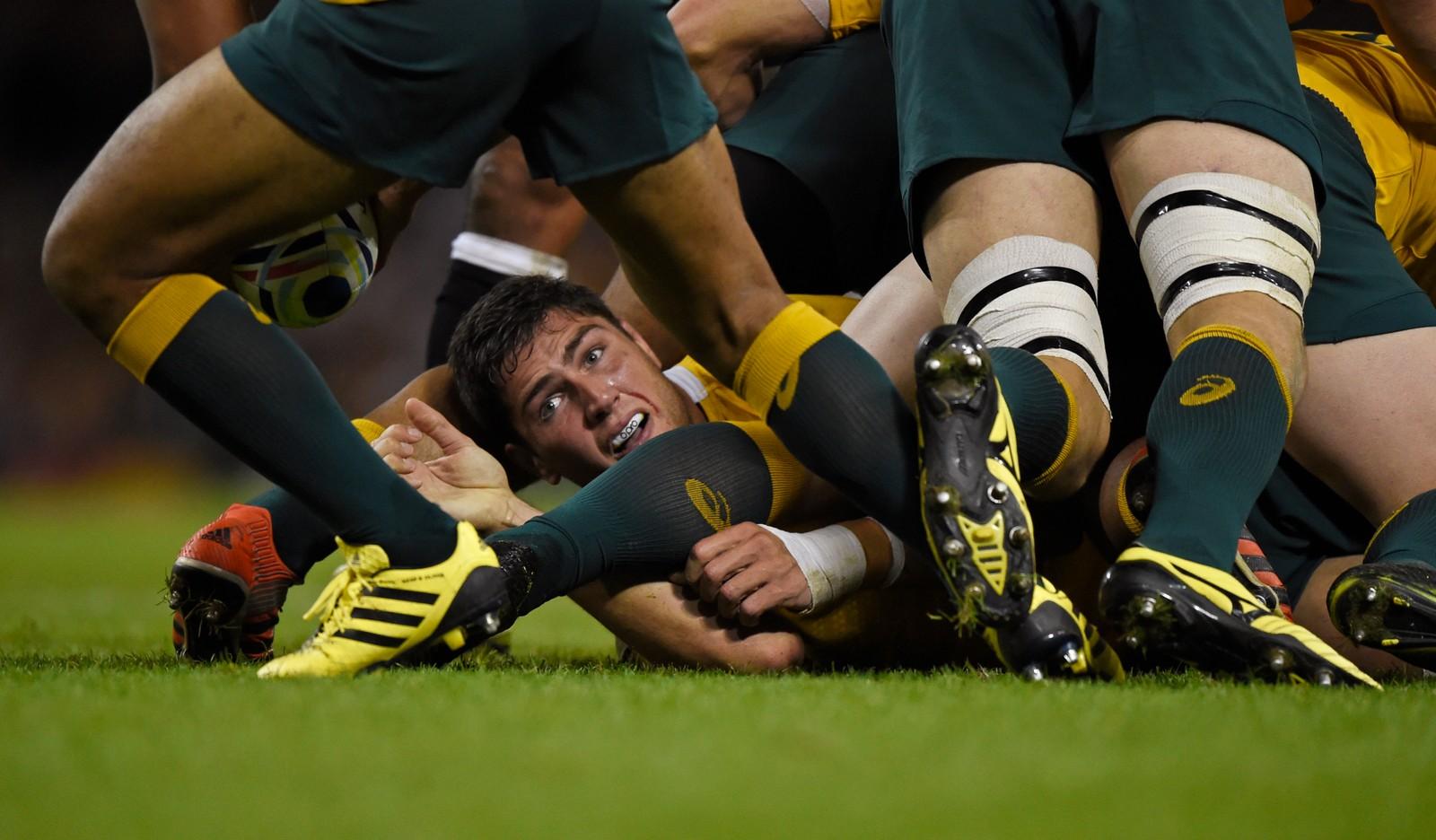 Australia og Fiji barker sammen i rugby-VM i Wales, som pågår nå.
