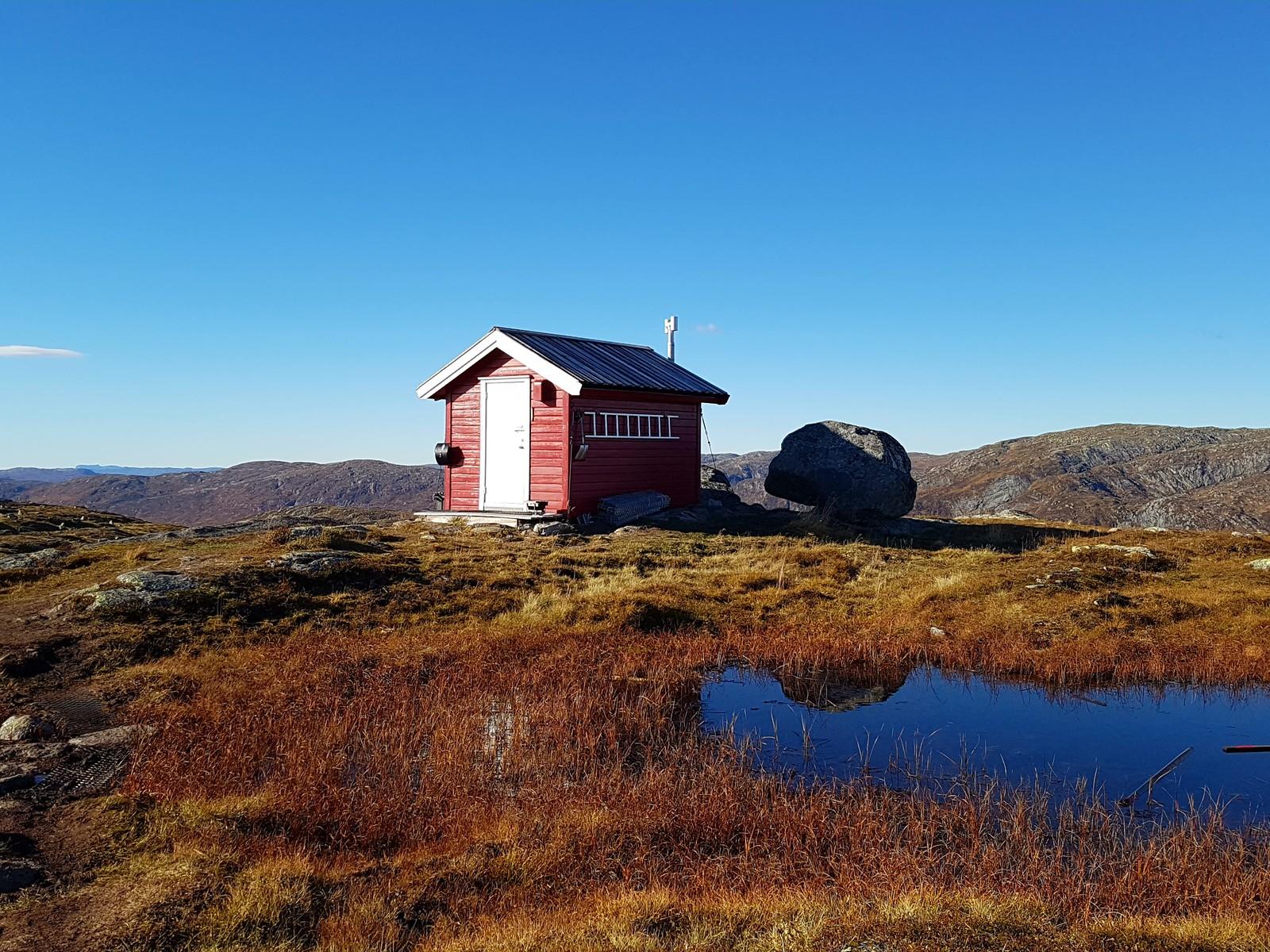 Toppenhytta på Bergefjell i Høyanger.