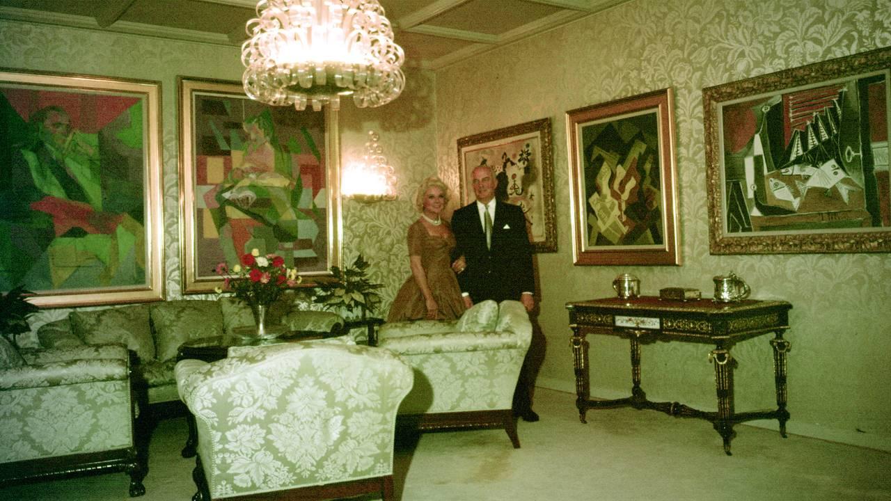 Ekteparet Sonja Henie og Niels Onstad i deres hjem på Landøya, oktober 1960.