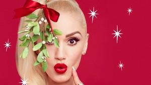 Gwen Stefanis jul
