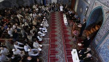 Stort oppmøte i moskeen i Åkebergveien