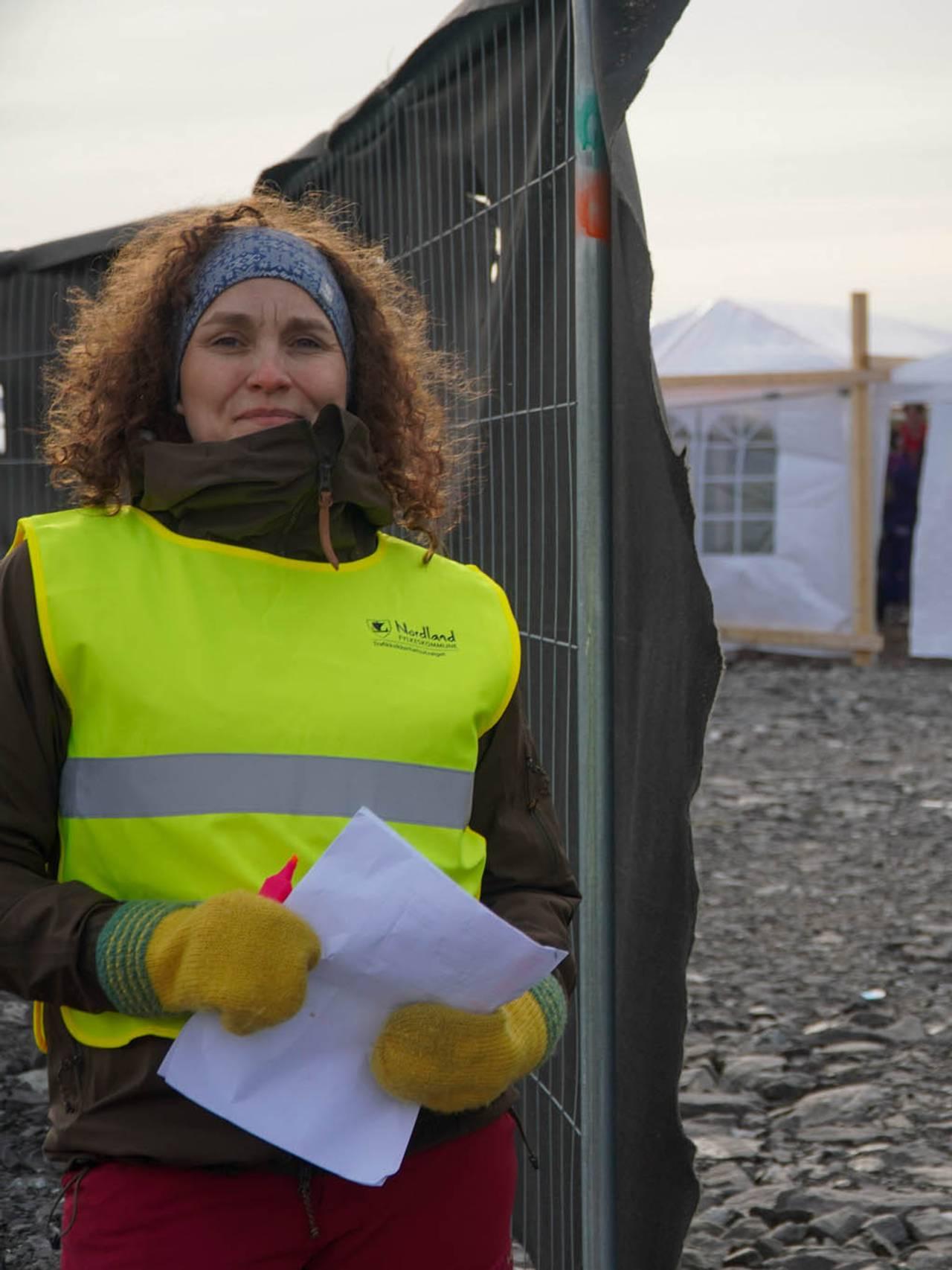 Mødre som hjelpte russen med russecampen på Langstranda i Bodø i mai 2021.