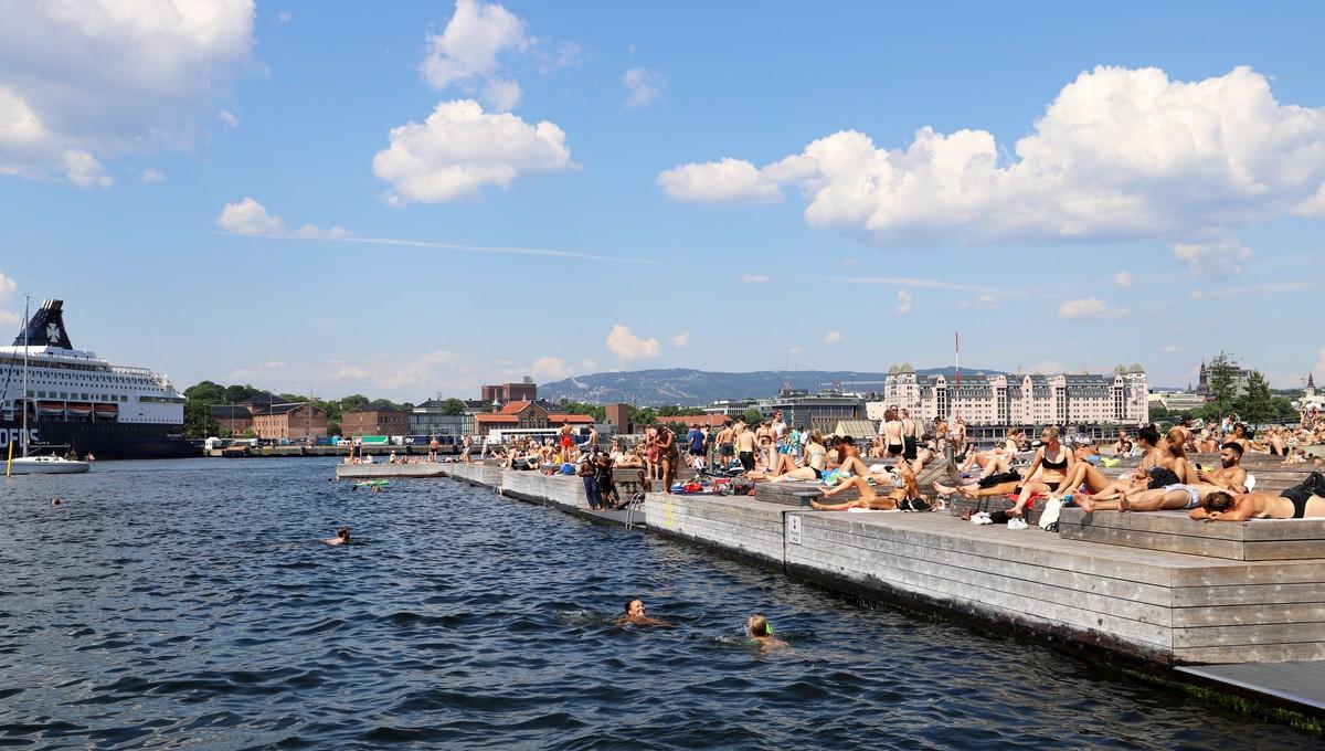 Selv om det blir varmt i dag, ber kommunen folk holde seg unna Sørenga og andre badesteder.