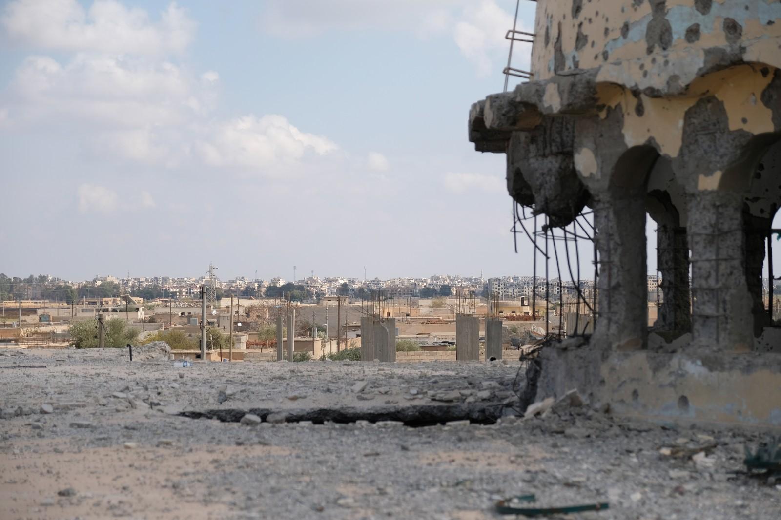 Sentrum i Raqqa er ennå ikke åpnet for at innbyggerne kan få flytte tilbake.