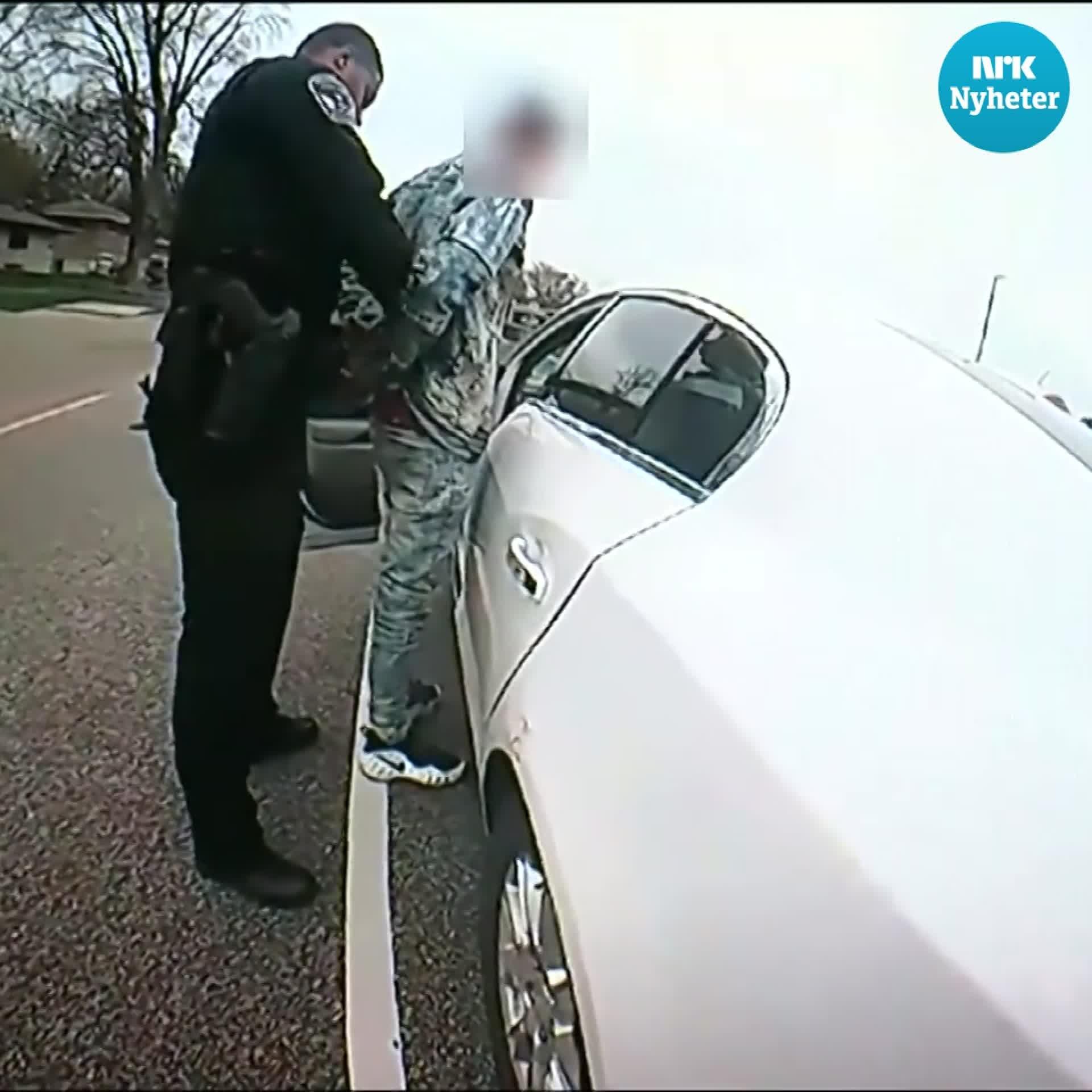 Minneapolis-politiet hevder 20-åring ble skutt ved et uhell: – Mente å bruke taseren