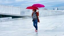 Dobbel paraply på operaen - Foto: @bergenger/Instagram