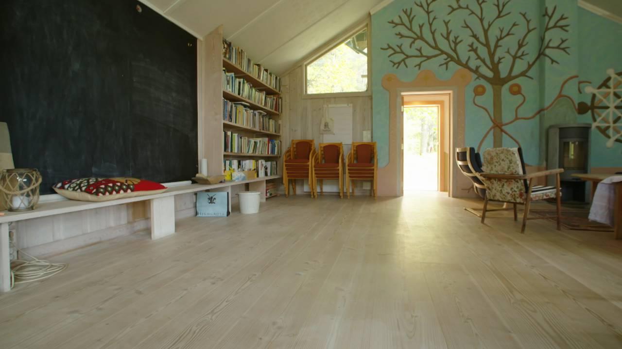 Oljemalte gulv og vegger av leire Gaia Oslo