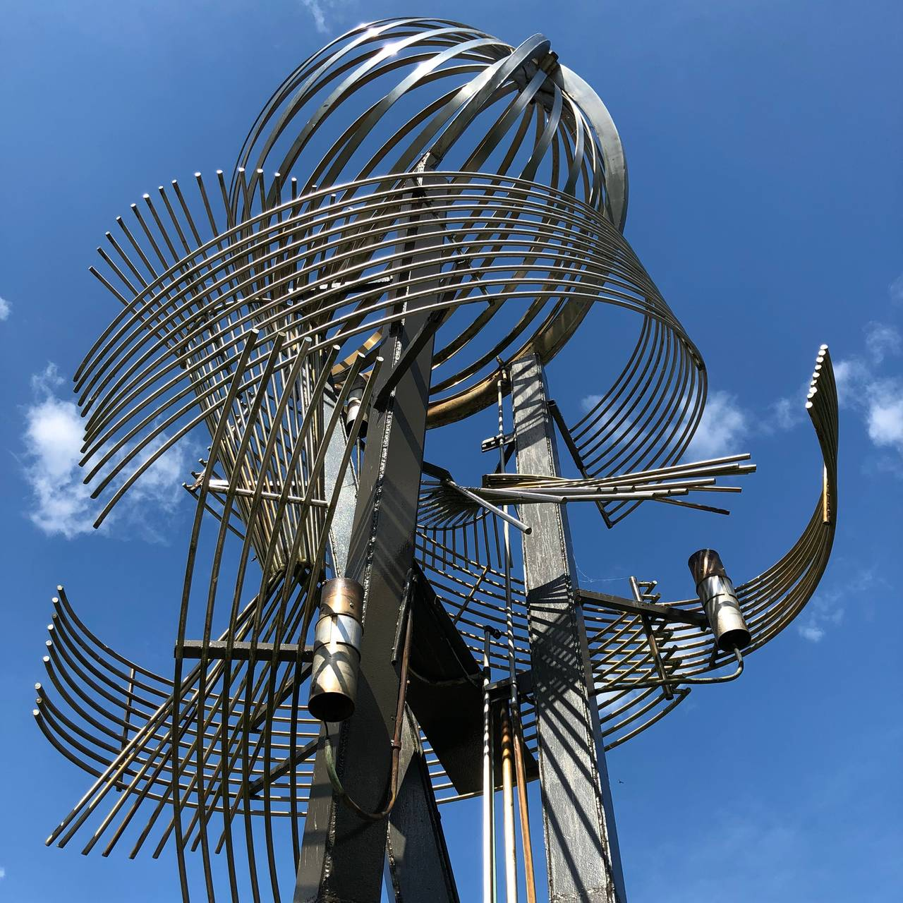 Carl Nesjars skulptur/helårsfontene i Ås