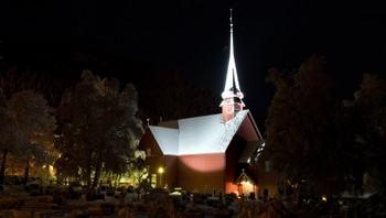 Meldal kirke en januarkveld