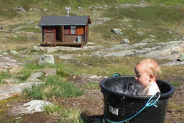 Bad ved Snytindhytta - Foto: Trond Løkke