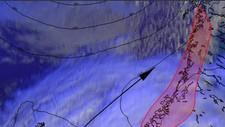 STORMVARSEL: Et lite, men hissig lavtrykk kommer inn mot kysten i Mist-Norge søndag kveld og gir vind med liten til full storm.