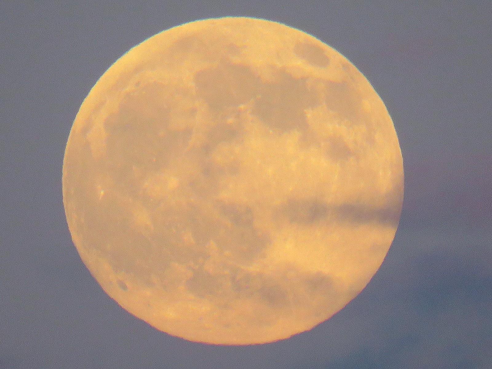 Fullmåne over Rørvik