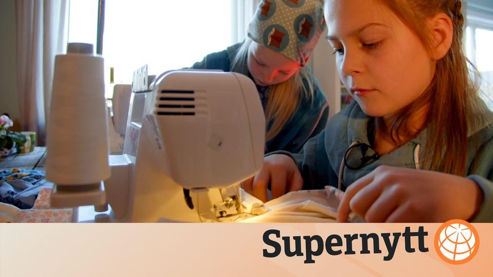 d9dcfa82 Ester og Anna har eget klesmerke – NRK Super
