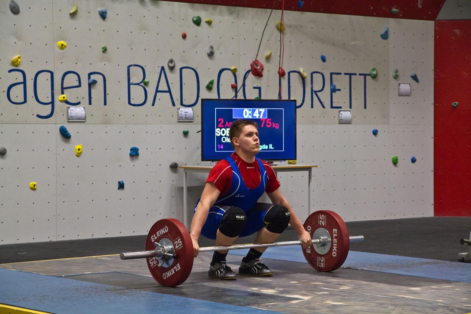 Ole-Kristoffer Sørland fekk opp 75kg i rykk og 97 kilo i støt. Det gav han 37. plass i Norgescupstemnet.