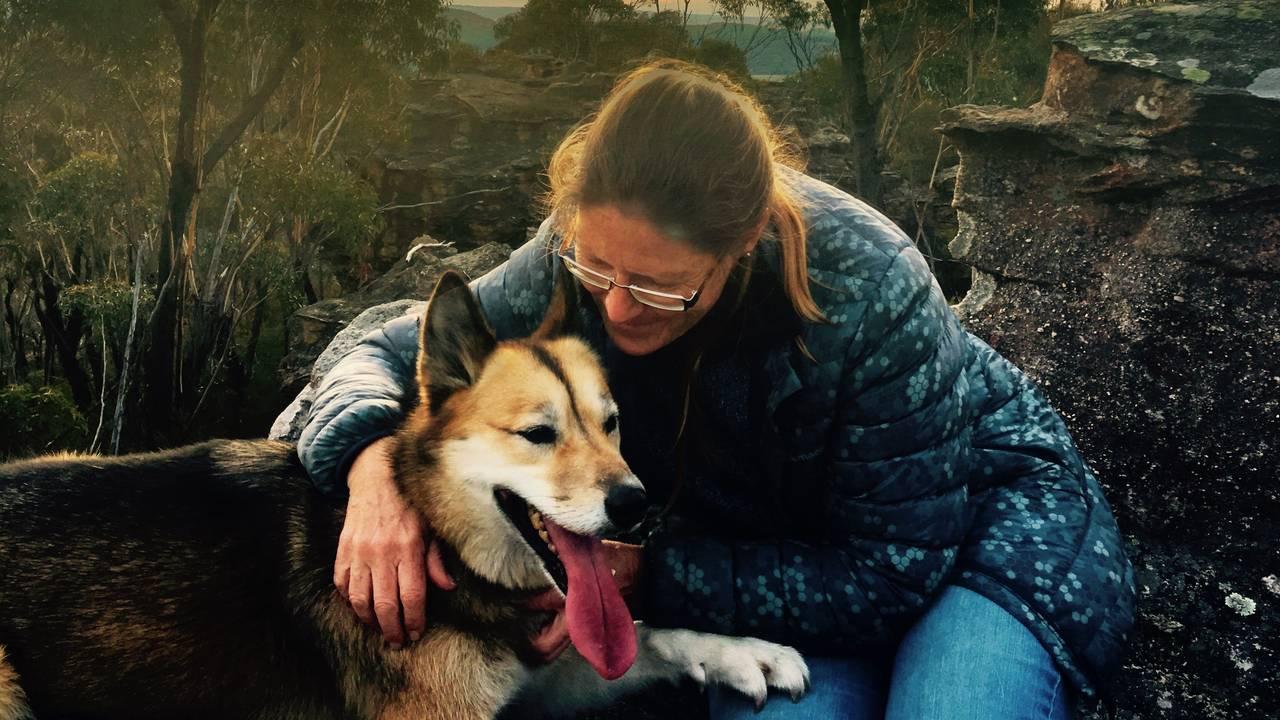 Cat og eieren Sue Werner i Australia