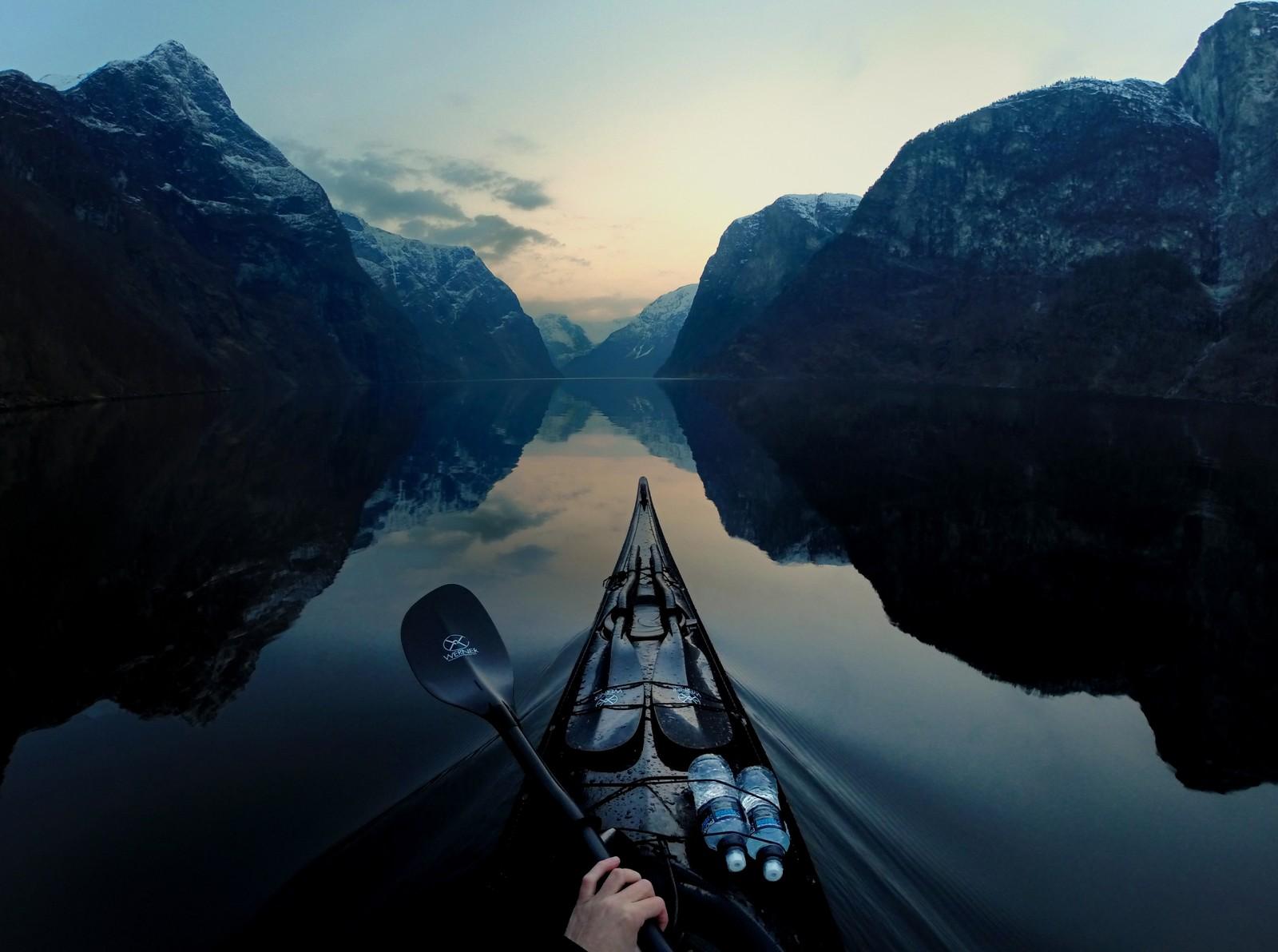 NÆRØYFJORDEN: Det bildet som den engasjerte kajakkpadleren kanskje er mest fornøyd med, er dette fra Nærøyfjorden.