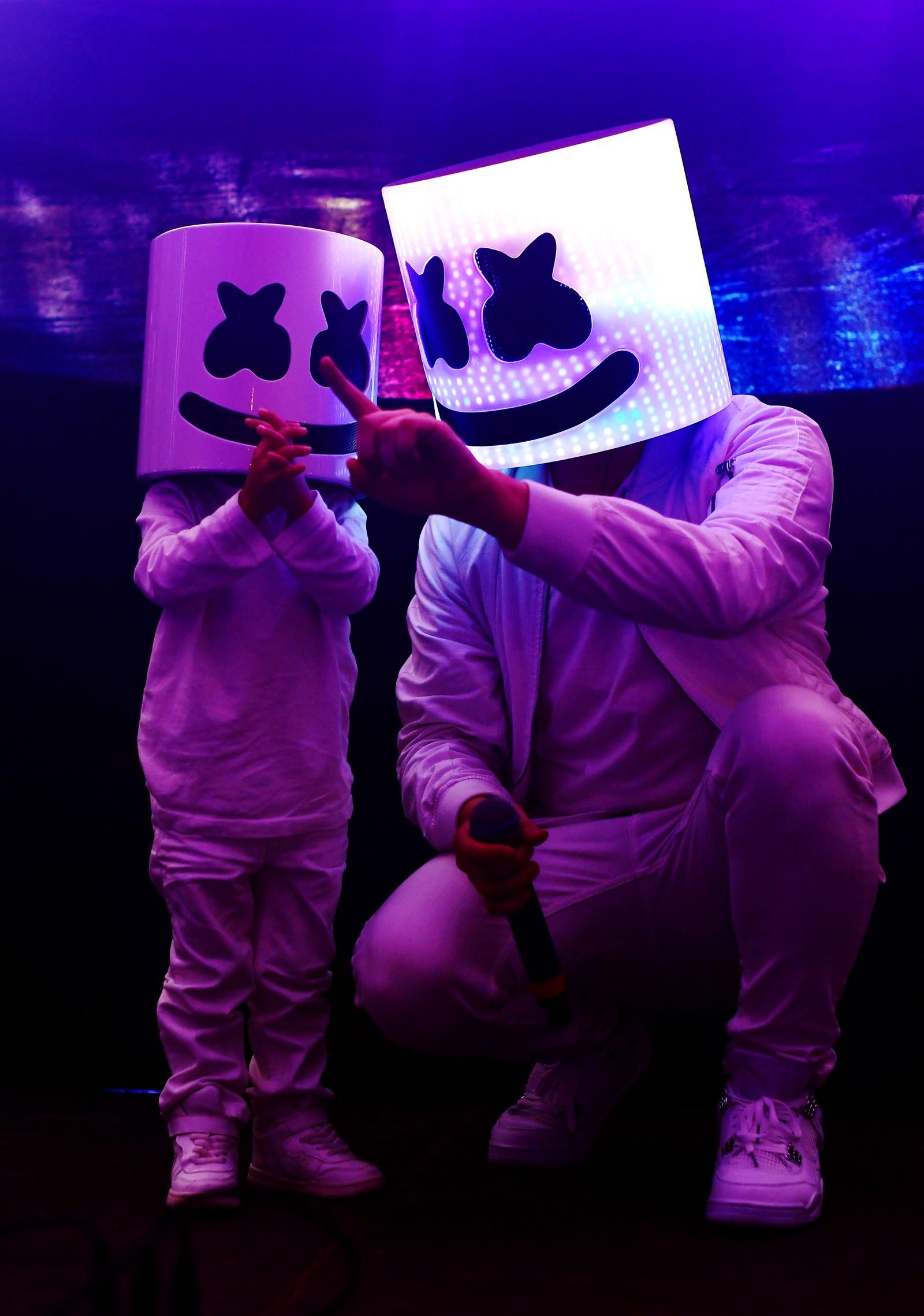 """Dj Marshmello spilte på festivalen """"Hangout Music Festival"""" i Alabama i USA."""