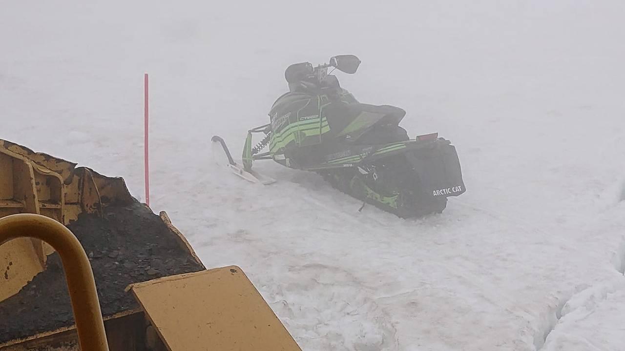 Fortsatt snø i Longyearbyen