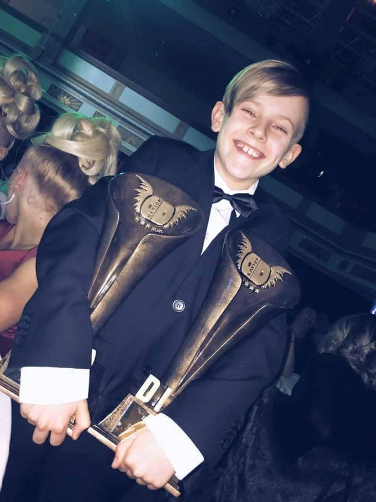 Diwa Awards Winner x 2 i England Gutter Under 12 år Freestyle og Slow