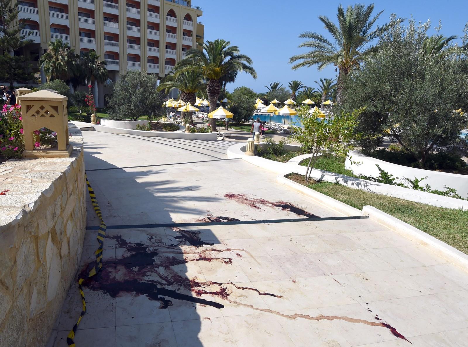 Minst 37 ble drept i angrepet i feribyen Sousse, blant dem belgiske, britiske og tyske turister.
