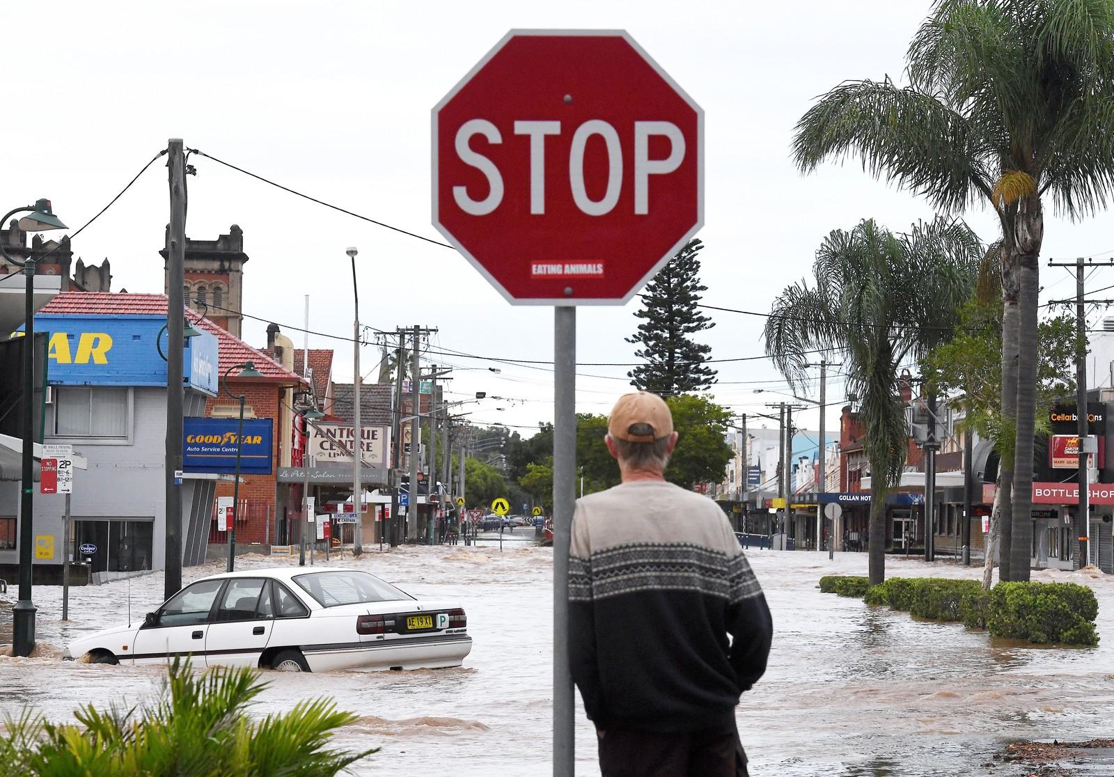 Oversvømmelser i gatene i Lismore, nord i New South Wales.