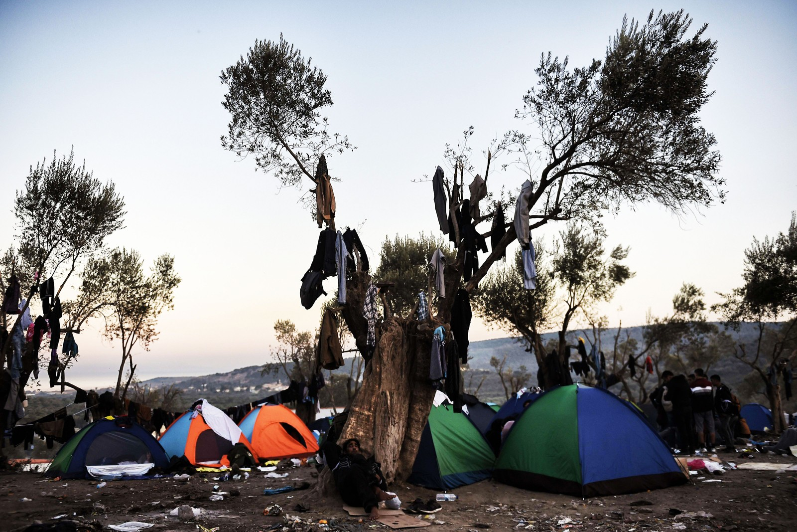 En midlertidig leir på Lesvos utenfor et registreringssenter for flyktninger 11. november 2015.