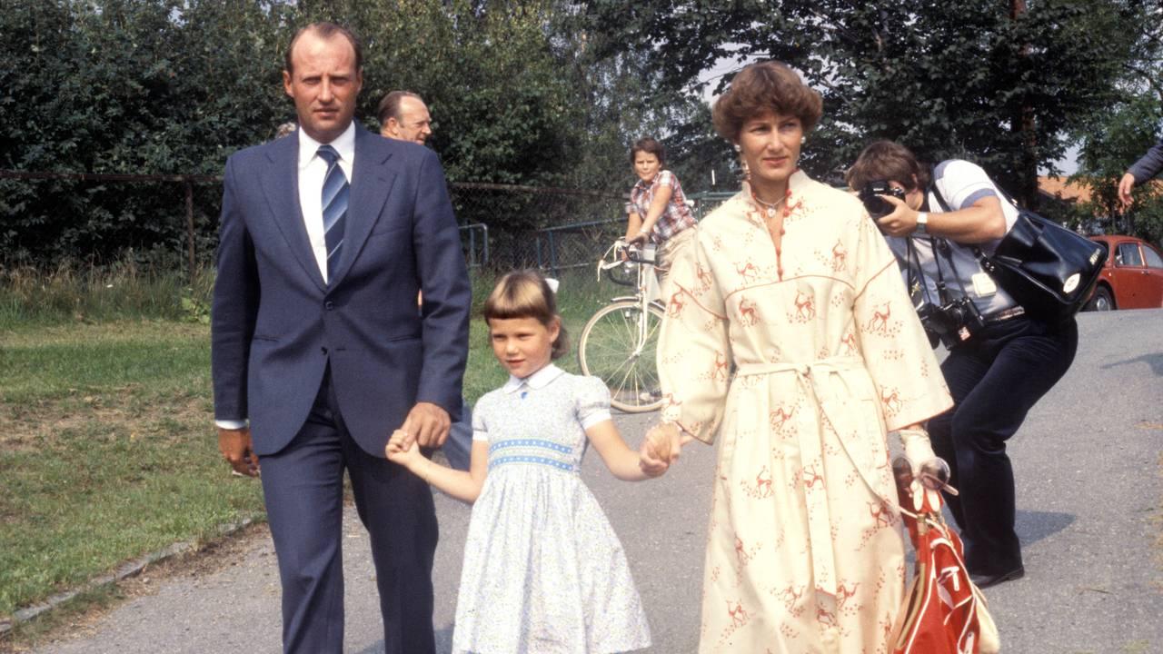 Prinsesse Märtha Louise fotografert i forbindelse med sin første skoledag på Smestad skole