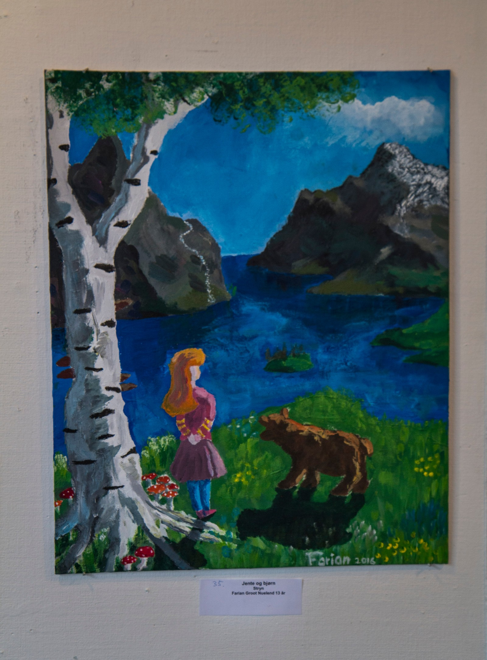"STRYN: Farian Groot Neuland - ""Jenta og bjørnen"""