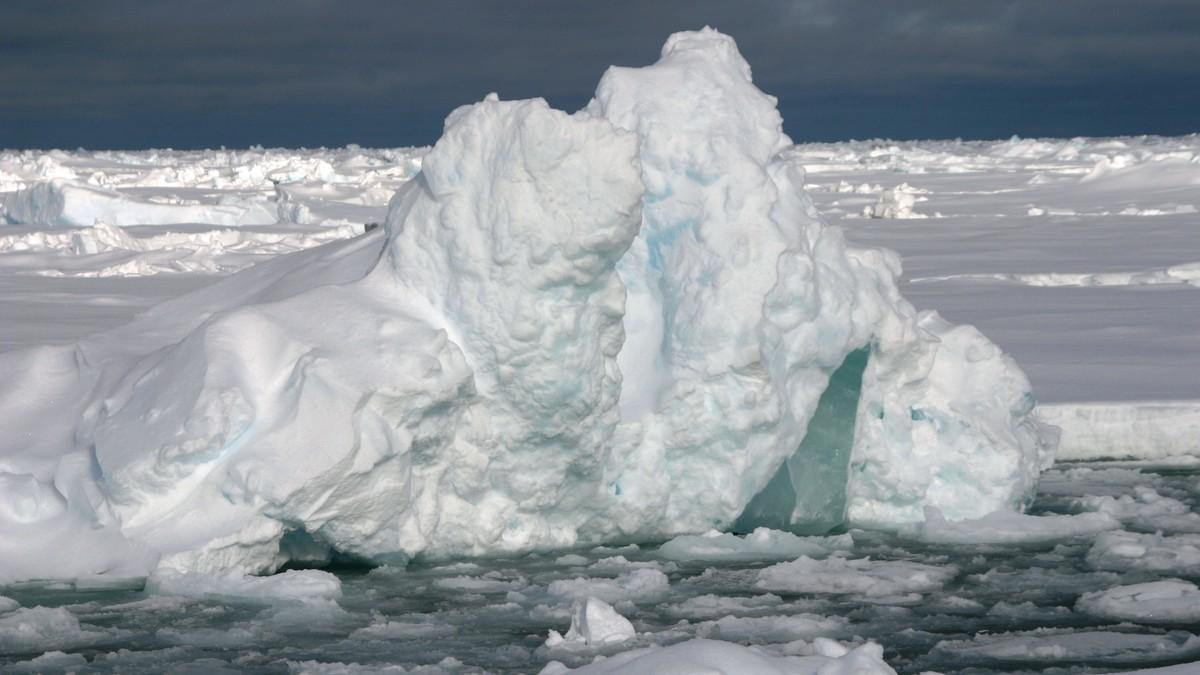 Iskanten i Arktis - Foto: Anders Sirevaag