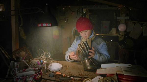 Norsk dramaserie. (1:24)Kevin er 9 år og bor i Sølvskogen sammen med familien sin. Han har bestemt seg for at årets jul skal bli den beste noensinne. Det er flere ting som kan ødelegge planene hans, derfor har han forberedt seg ekstra godt. Men årets jul vil allikevel bli helt annerledes enn det var mulig å forestille seg!