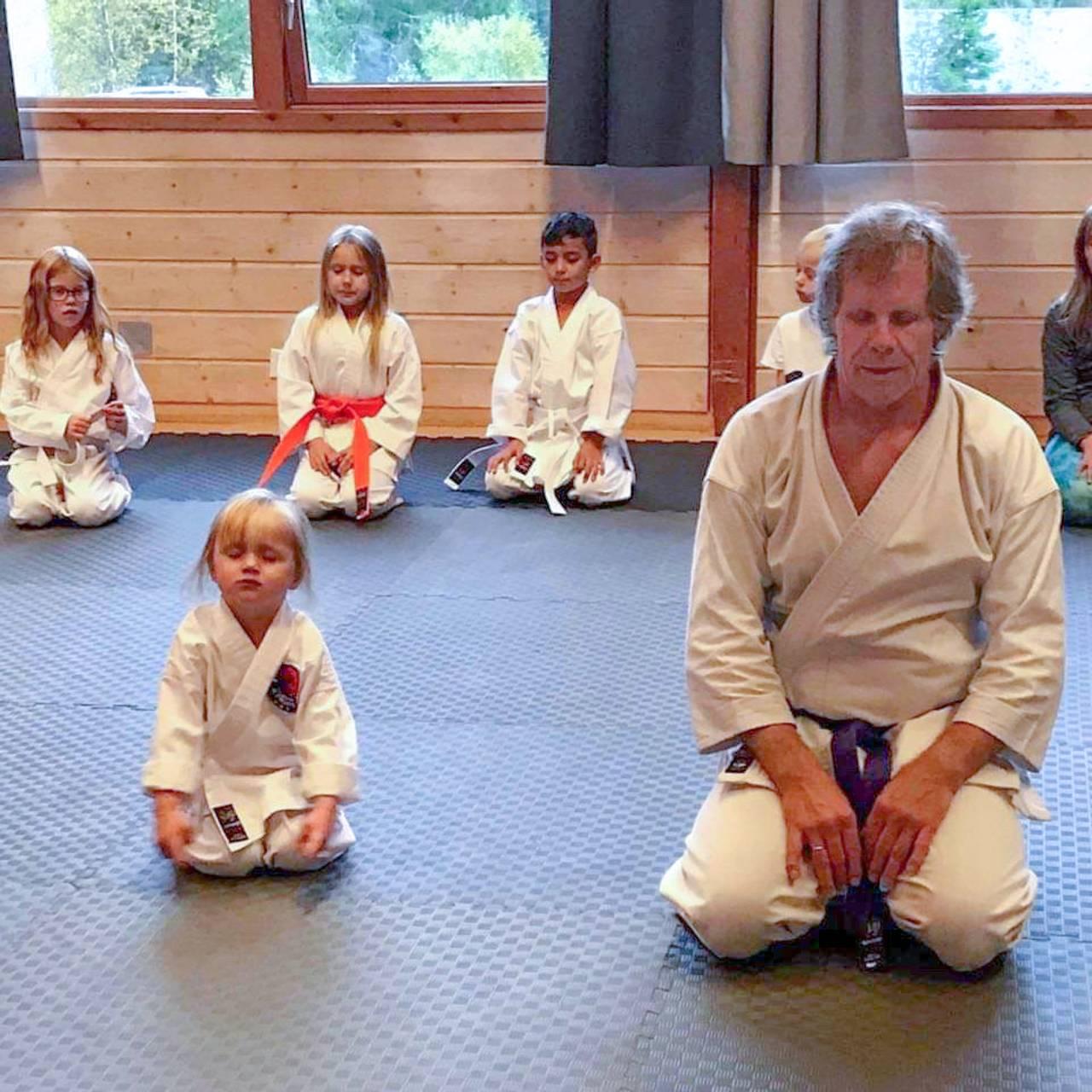 Karatetrening i Øyfjell