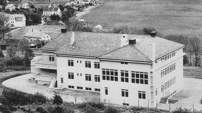 Nordfjord Sjukehus i byggeåret 1936.