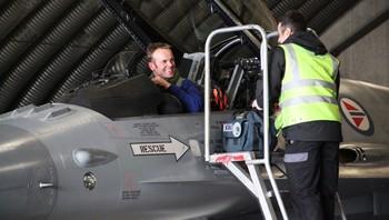 Eskil Amdal har landet med F16