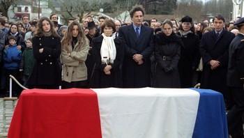 Mitterrands familie i begravelsen.