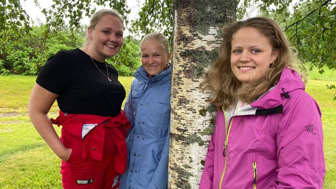 Eline Rustad Østmoe, Solveig Lund Christiansen og Othilie Lunsæter.