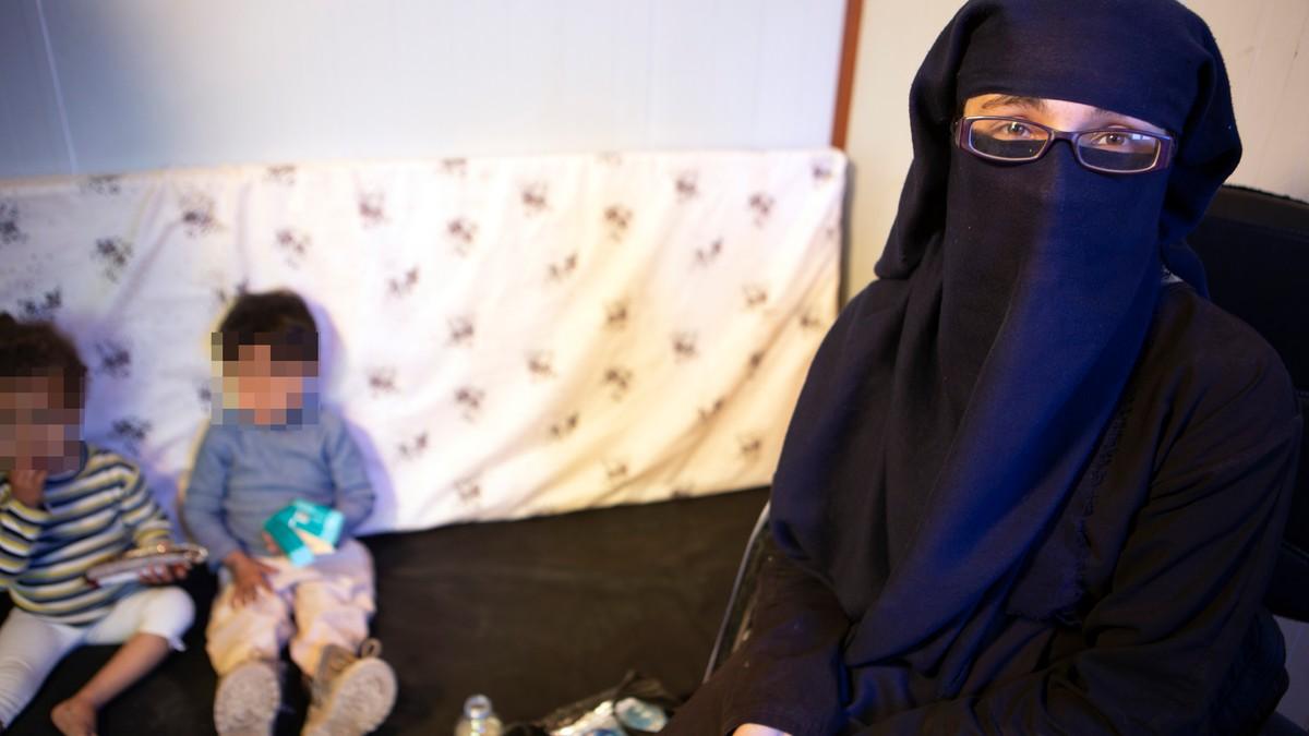 Norge henter tilbake IS-siktet mor og to barn fra Syria