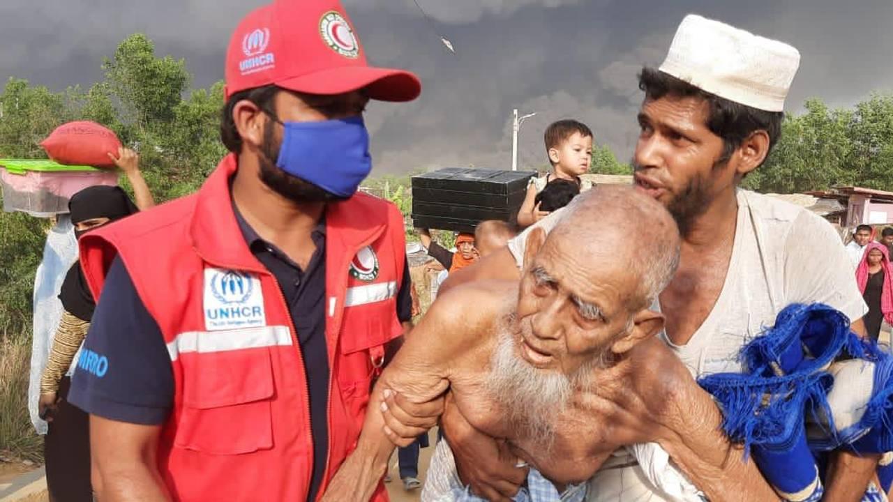 Storbrann i Cox Bazar i Bangladesh