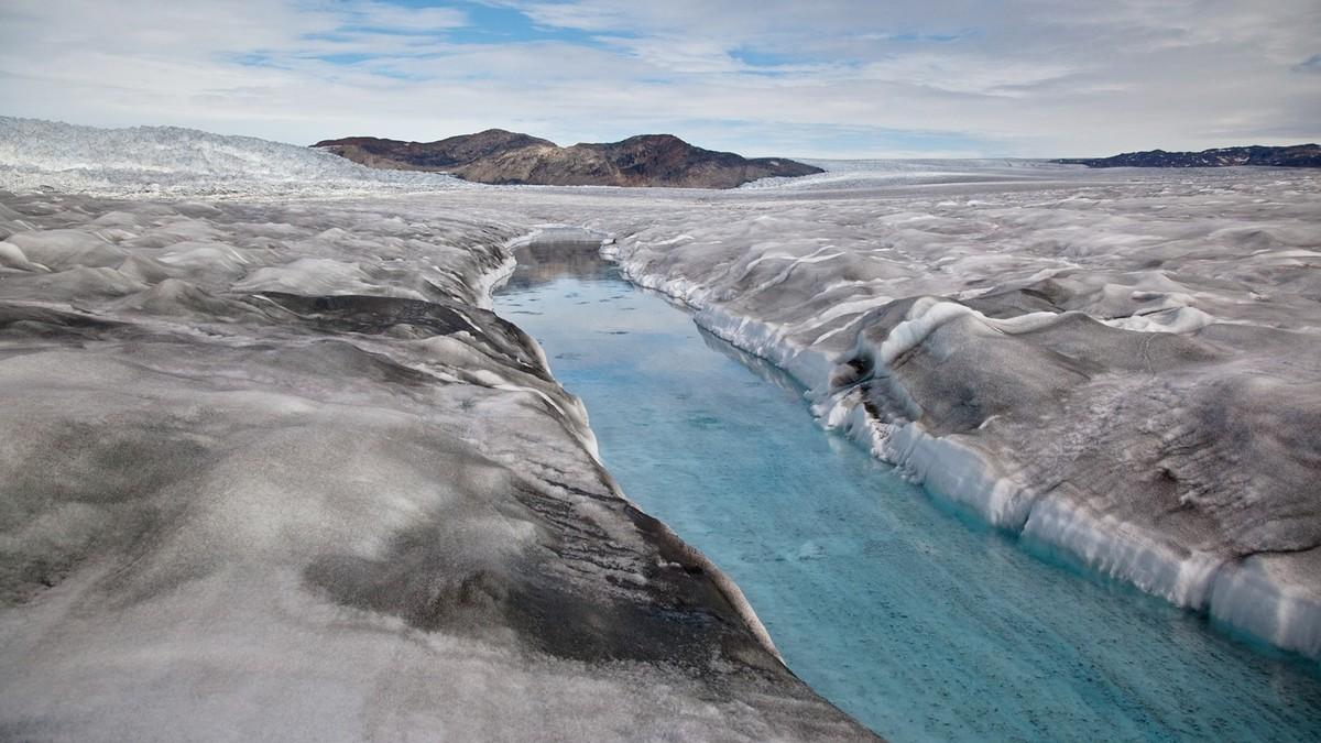 Forskere tror isen på Grønland vil tine raskere