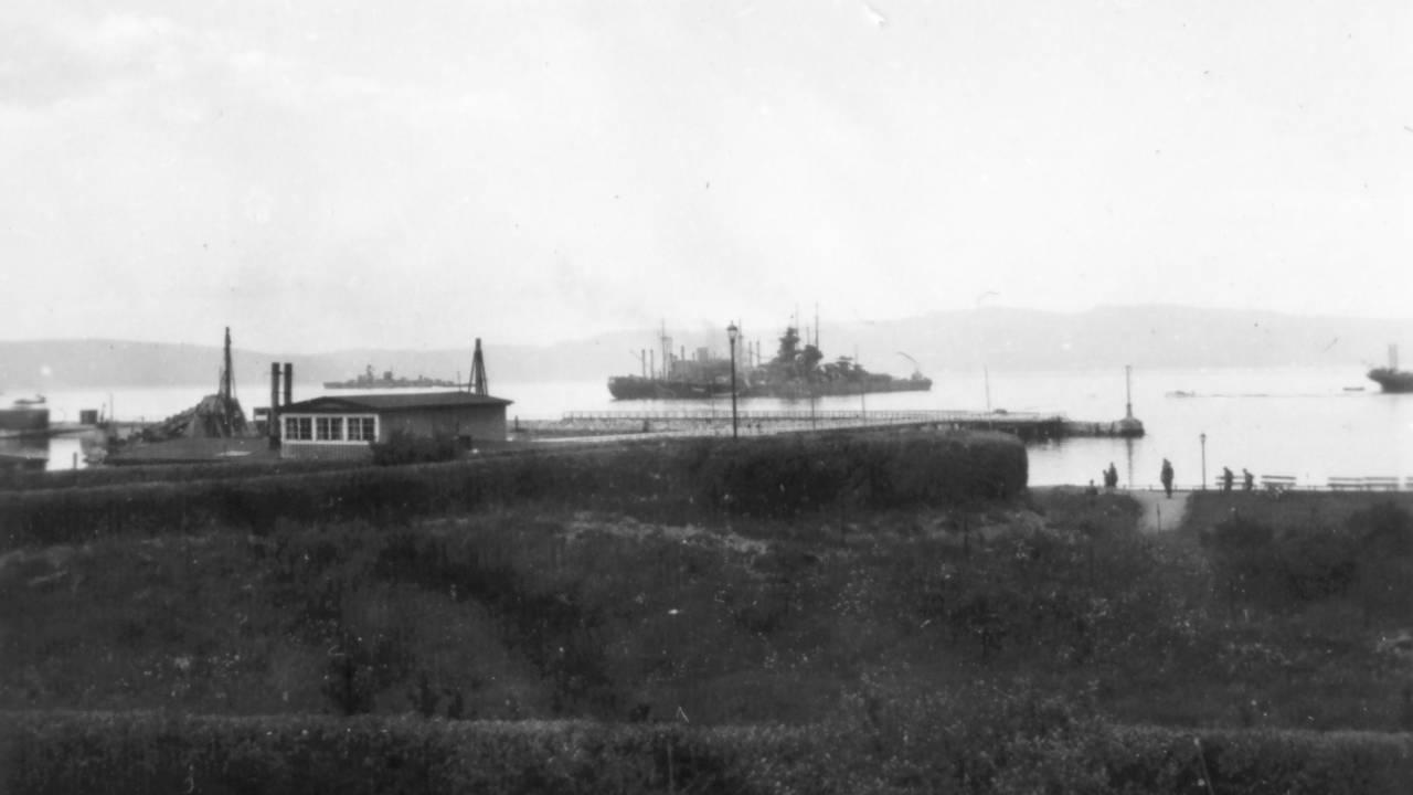 Tyske krigsskip utenfor Trondheim, 1940