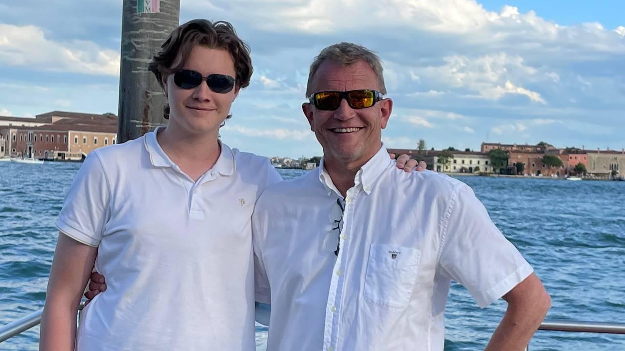Son og far Carsten og Geir Walaas på ferie i Venezia.