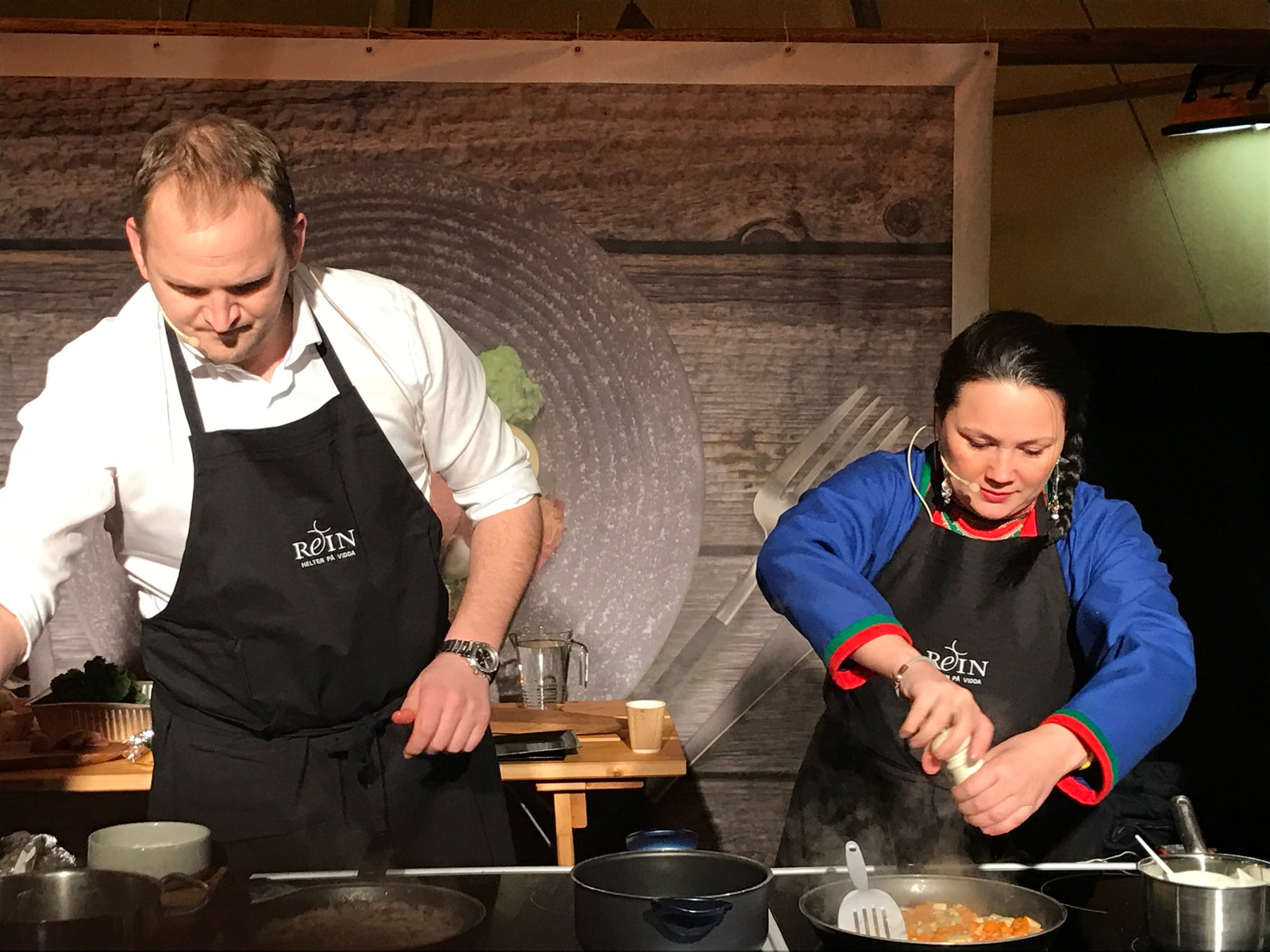 Kokkekamp mellom matminister Jon Georg Dale og NRLs Ellinor Jåma.