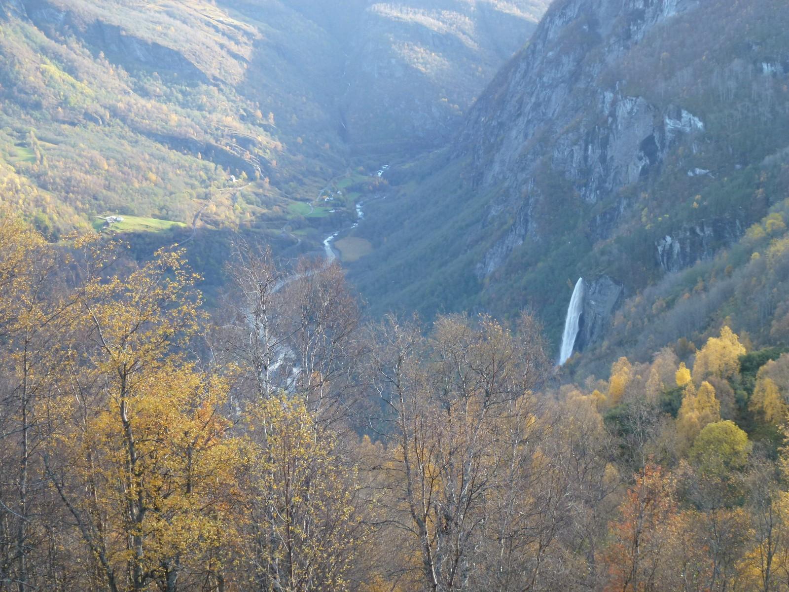 Lite kjente motiv, frå den mest fotograferte turistbygda i Sogn.