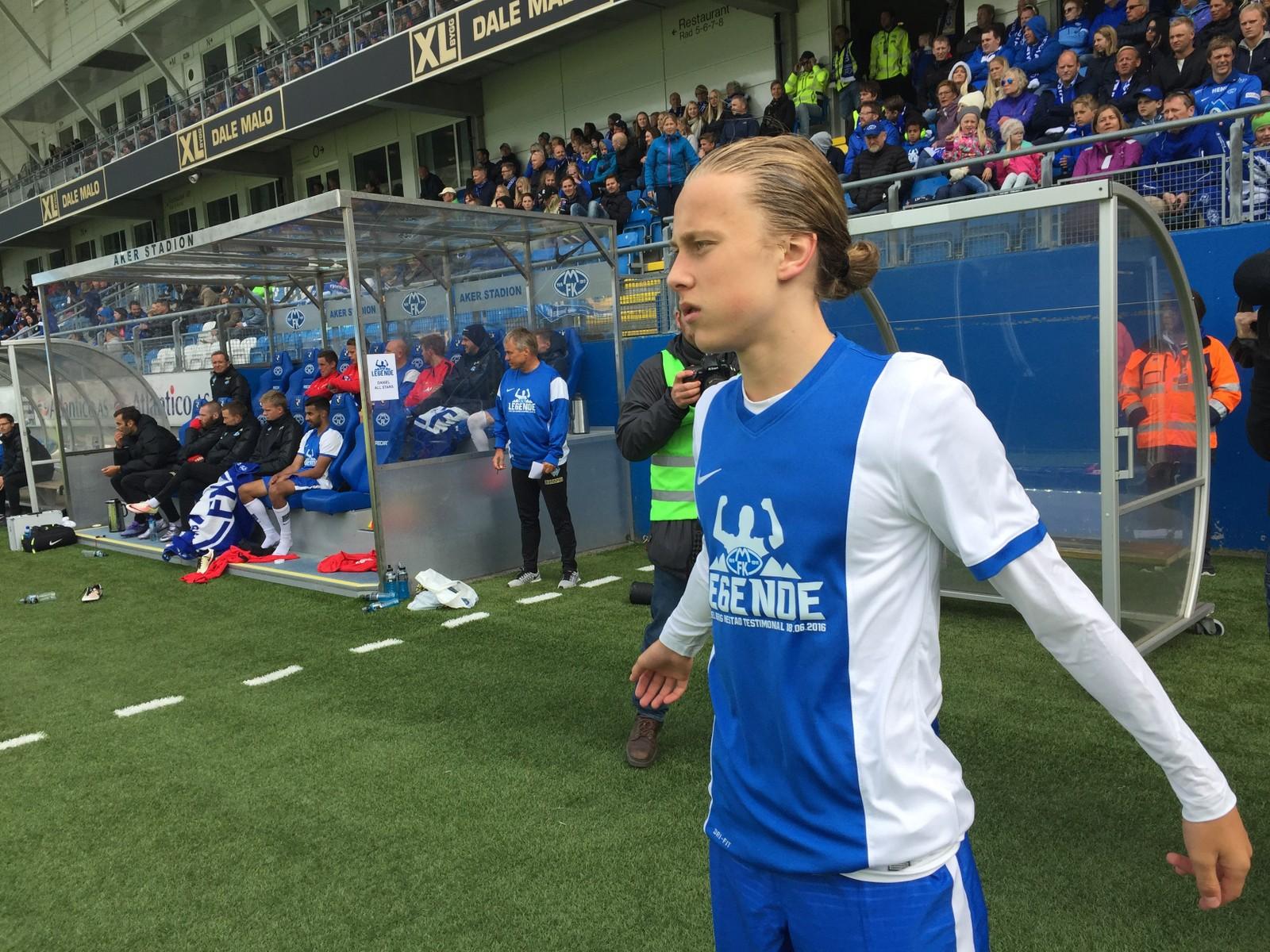 SØNN: Molde-legendens sønn, Tobias Hestad, blir byttet inn.