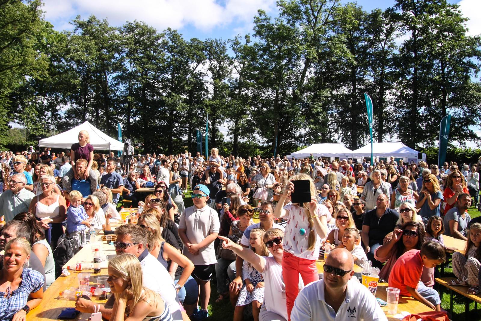 Omtrent 6000 mennesker var med på familiearrangementet lørdag.